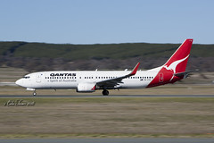 QANTAS Boeing 737-800 VH-VYK (Col Turner) Tags: qantas boeing 737 737800 738 b727 b738 b737800 airliner jet commerical aviation aeroplane airport canberra yscb