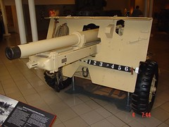 "QF 25pdr Mark II Field Gun 1 • <a style=""font-size:0.8em;"" href=""http://www.flickr.com/photos/81723459@N04/29026395746/"" target=""_blank"">View on Flickr</a>"
