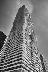 Aqua Tower, Stage Deployed (Tomoius) Tags: tomaspetkus usa illinois chicago 42dward downtown fujifilmxpro2 fujinonxf1855mmf284 street city urban bw candid weird straight documentary park human lakeshoreeast noiretblanc architecture