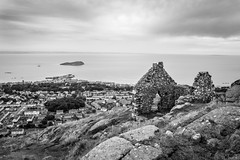 A house with a view (NSJW photos) Tags: coast coastline croft cottage ruins view thelaw northberwick scotland nsjwphotos