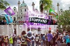 20160917_cetattip_karlsplatz_split (Andres Franz Gessl) Tags: stopcetattip ceta ttip karlsplatz wien 17sept2016 seifenblasen dystopia dystopie orwell demonstration