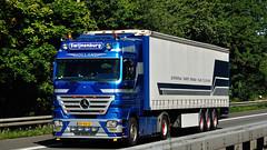 NL - JSB Swijnenburg MB Actros LH02 (BonsaiTruck) Tags: camion trucks mb lorries lkw jsb actros swiojnenburg