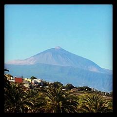 El padre #Teide está hoy desde mi ventana magestuoso. #naturaleza #paisaje #domingo #tenerife #canaryisland #Canarias #igercanarias #iger #instagram