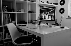 iMac (Ryan J. Nicholson) Tags: desktop blackandwhite bw ikea students macintosh mac university imac tour desk room setup 2011 inteli5quad