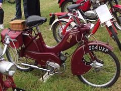 photo image picture motorbike photograph moto motorcycle 1958 moped motorrad bown motocicletta motorcicleta heskinhallsteamfair bownmoped