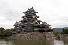 Matsumoto Castle (Matsumoto, Nagano, Japan) (t-mizo) Tags: building castle japan architecture canon sigma 日本 nagano 城 建物 lr lightroom 長野 松本城 matsumotojo matsumotocastle lr4 sigma175028 sigma1750 sigma1750mm sigma1750f28 sigma1750mmf28 eos60d sigma1750mmf28exdcoshsm sigma1750mmoshsm lightroom4 sigma1750mmf28exdcos sigma1750exdc