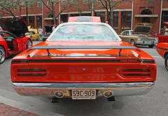 1970 Plymouth Road Runner Hardtop (4 of 4) (myoldpostcards) Tags: auto cars hardtop car illinois route66 classiccar vintagecar automobile williams antiquecar stripes tail plymouth il international springfield 1970 chrysler mopar autos oldcar taillights roadrunner musclecar taillight owner rearend spoiler 2010 backend racingstripes owners 2door motorvehicle dougwilliams collectiblecar rearspoiler chryslercorporation sharonwilliams worldcars motherroadfestival myoldpostcards vonliski 9242610 september24262010