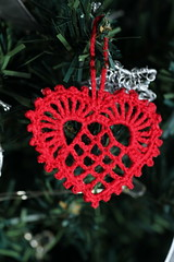 289/366 Christmas hearts (chestnutgrey) Tags: christmas red canon october crochet christmasdecorations 365 2012 christmasornaments leapyear 289 366 project366 289365 289366 canoneos550d october2012 3652012 chestnutgrey sarahoettli 3662012 3651for2012 366the2012edition 2892012 15october2012