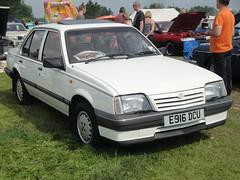 1987 Vauxhall Cavalier 2.0 GLSi (GoldScotland71) Tags: 1987 mk2 cavalier 20 1980s vauxhall glsi e916dcu