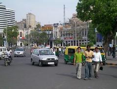 C.onnaught Circus, New Delhi (Keritheartist1) Tags: auto street new india men cars boys circle place delhi indian capital tuktuk cp rickshaw connaught