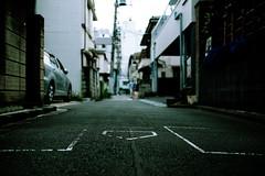 baseball alley (N.sino) Tags: alley homebase  nezu  battersbox  baseballground xt1 xf23mmf14r alleyoftokyo