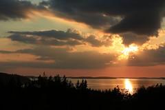 Auringonlasku Rauhassa 20.8.2016 (kimblenaattori) Tags: lake jrvi auringonlasku finland yashica ml 50mm f19