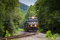 Upgrade to Buckeye (Peyton Gupton) Tags: ns norfolk southern jellico branch train turley
