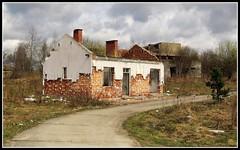 IMG_5918 (jozwa.maryn) Tags: komino bornesulinowo opuszczone abandoned miasto town duch ghost westfalenhof blokowisko