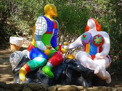 L'AMORE NEL CESTINO. (Skiappa.....v.i.p. (Volentieri In Pensione)) Tags: giardinodeitarocchi capalbio arte lumix panasonic skiappa colore nikidesaintphalle