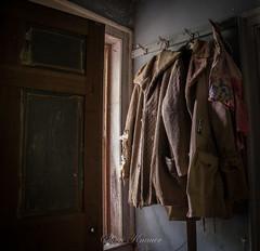 Fairlane Farm-17 (hiker083) Tags: abandoned farmhouse decay decrepit derelict cars vacant oncewashome