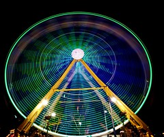 DSC02304 (Moodycamera Photography) Tags: canadiannationalexhibition cne toronto ontario nightphotography rides slowshutterspeed long exposurerlights ferriswheel swing turning twisting spining amusment horse hdr