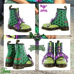 DR Martens (mon monde a moi il n'y aurait que des divagations) Tags: drmartens boots ninja turtles tortue punk mode chaussure personage shoes vert cuir uk