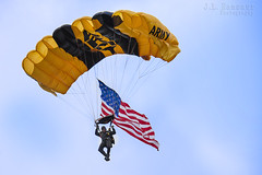 U.S. Army Golden Knights Parachute Team (J.L. Ramsaur Photography) Tags: jlrphotography nikond7200 nikon d7200 photography photo spartatn middletennessee whitecounty tennessee 2016 engineerswithcameras cumberlandplateau photographyforgod thesouth southernphotography screamofthephotographer ibeauty jlramsaurphotography photograph pic sparta tennesseephotographer spartatennessee goldenknights usarmygoldenknights armygoldenknights parachuteteam skydivingteam parachute skydiver knights americanflag usflag redwhiteblue starsandstripes oldglory patriotic proudupper cumberland air showupper regional airportairshowunited states army teamaerial demonstration teamstracblue skydeep blue skybeautiful skywhite cloudscloudsskysky aboveall sky clouds
