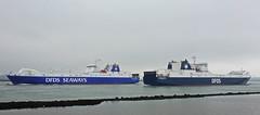 SUECIA SEAWAYS & SELANDIA SEAWAYS (kees torn) Tags: ferry nieuwewaterweg hoekvanholland selandiaseaways sueciaseaways dfds