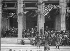 148; Royal Visit, welcome for the Duke of Gloucester on the steps of National Museum and Art Gallery - Circa 1934 (Wellington City Council) Tags: wellington historicwellington 1800s 1900s 1950s