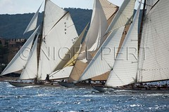 _NPJ9967_VDST2012_N_Pert (nigelpert) Tags: france photos cannes images sttropez voile 2012 regattas sainttropez hispania classicyachts voiliers rgates tuiga voilesdesttropez theladyanne nigelpert yachtsclassiques voilesdesainttropez2012