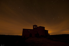 Backlighting in a burning night (Alaia A.) Tags: longexposure backlight night contraluz stars noche nikon sigma estrellas ermita largaexposicin d90 nikond90 sigma102035exdchsm
