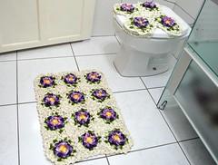 Jogo de Banheiro (2 peas) (Cris Arts2010) Tags: flor tapete jogo banheiro barroco croche barbante