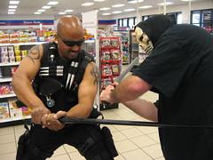 Blade versus Ghoul (MorpheusBlade) Tags: costume cosplay bald superhero comicon tactical daywalker kirkjones bladetheseries bladehouseofchthon bladethevampireslayer bladethevampirekiller bladethevampirehunter kirkstickyfingazjones