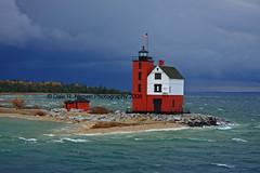 Round Island Lighthouse (Dale Niesen) Tags: light lighthouse lake america lighthouses lakemichigan mackinacisland lakehuron roundisland somewhereintime michiganlighthouse michiganlighthouses greatlakeslighthouses roundislandlighthouse lighthousetrek