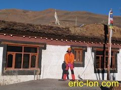 Eric Lon yoga at Demul (28) (Eric Lon) Tags: india cold yoga energy dynamic tibet heat practice souffle himalaya breathe froid warming spiti breathing inde tibetain himalayen chaleur activate respiration ericlon rechauffer demul acriver