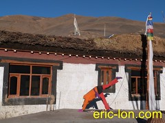 Eric Lon yoga at Demul (37) (Eric Lon) Tags: india cold yoga energy dynamic tibet heat practice souffle himalaya breathe froid warming spiti breathing inde tibetain himalayen chaleur activate respiration ericlon rechauffer demul acriver