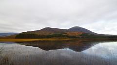 sgile na beinne (Senaid) Tags: mountain reflection skye scotland highlands nikon loch cuillin beinnnacaillich d5000 dubhard cllchriosd
