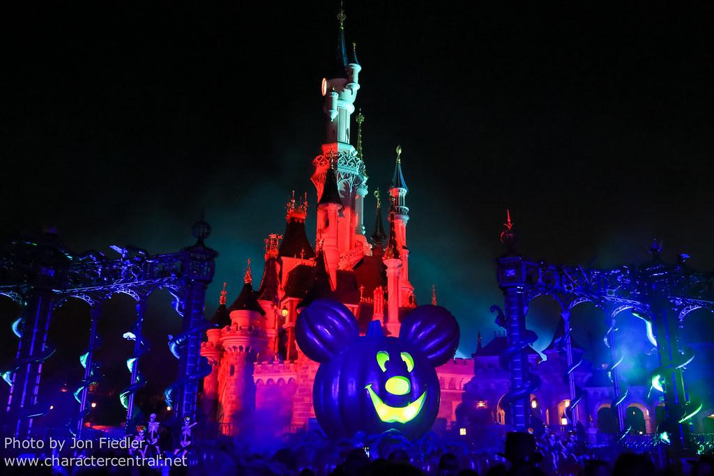 Disney Soiree Halloween.Disney S Halloween Soiree At Disney Character Central
