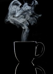 Steaming coffee 1 (Vinod_Sunder) Tags: rimmed darkfield coffee cups steaming offcameraflash tableware porcelain tabletop