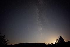 Une toile filante au coucher de lune (vincentguth) Tags: perseides toiles filantes nuit larmes saint laurent voie lacte milky way perseidas