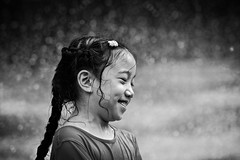 It Always Rains In My Soul (Anna Kwa) Tags: rain water moment candid bokeh annakwa nikon d750 afsnikkor70200mmf28gedvrii my smile always sunshine happiness seeing heart soul throughmylens iwannaseeyousmile