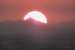 A domani (conteluigi66) Tags: tramonto sole monti paesaggio pianura luigiconte rosso disco solare scende scendere calare