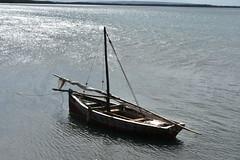 Wooden dhow at Kilwa Masoko harbor (Prof. Mortel) Tags: tanzania dhow kilwamasoko