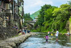 Gujo Hachiman -1110807 (The Cup and the Road) Tags: 2016 august gifu gujohachiman japan odori twitter water sports family summer