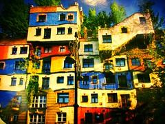 La Hundertwasserhaus de vienne... (mariej55quebec) Tags: travel voyage vienne vienna autriche austria tourisme tourism summer curves line courbe lignes trip europe architecture lines courbes ligne