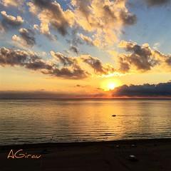 Por ah va la barquita... a otra zona del mar.... Hacia all va la barquita...por pececitos que pescar (AGirau ...) Tags: flickr agirauflickr agirau barca sol nubes mar mediterraneo