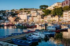 El puerto de Luarca (ccc.39) Tags: asturias valds luarca puerto pesqueros barcos barcas mar cantbrico pueblo villa ciudad urban agua atardecer sunset