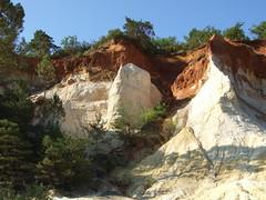 DSCF4084Lu (patrickpieknyj) Tags: paysage lubron coloradoprovencal