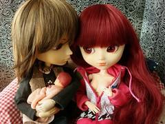 Cris Santos y Susumi Nakano - Año nuevo vida nueva (Lunalila1) Tags: baby outfit doll track santos wig nakano ruby cris fh kuro urasawa arion susumi stica