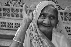 èèè ai miei tempi ! (The Crane Dance) Tags: portrait blackandwhite india biancoenero tamron70300 nikond3100 ahmdavad ahmbabad