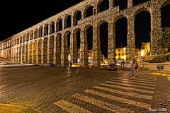 El Acueducto de Segovia... con nocturnidad, pero sin alevosa (Gonzalo y Ana Mara) Tags: segovia acueducto nocturna gonzalo canonefs1022mmf3545usm largaexposicin acueductodesegovia canoneos7d gonzaloyanamara