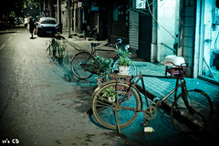 I shoot bike wherever i go (ExceptEuropa) Tags: life china street old city people color building bike bicycle architecture night 50mm asia 14 chinese culture valley local usm  tradition wuhan ef hubei  hankou   canon5dmarkii