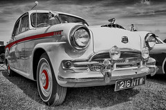 classic job  (25) (J Tys) Tags: bw car headlamp hdr hdraddicted canon7d hdrterrorist hdrworlds colourspoting
