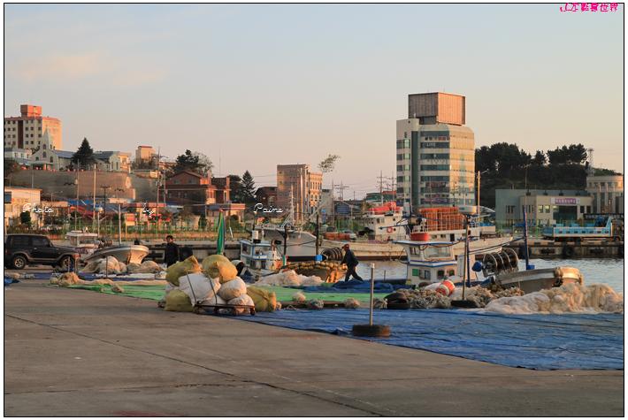 1008thehousehotel附近漁港 (12).JPG